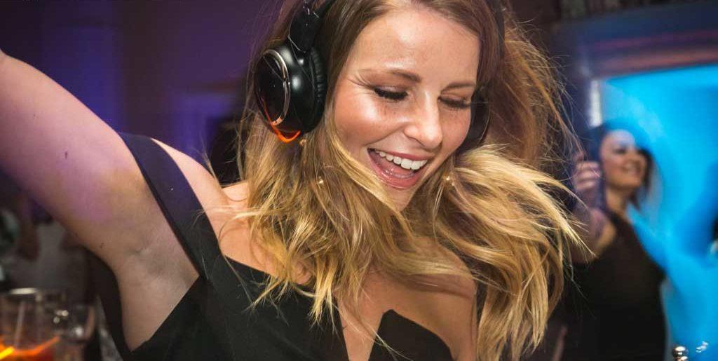 Silent Headphone Disco Hire