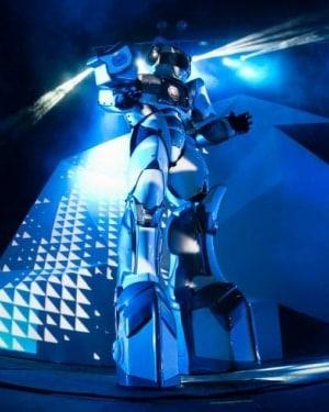 Robot GreetingHost